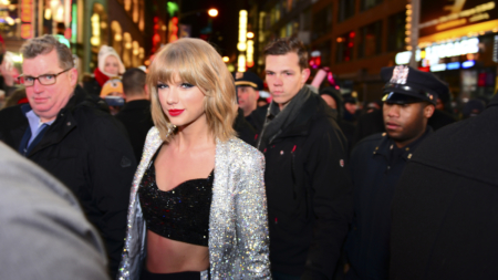 Taylor Swift Now Owns Close To $50Mil in Real Estate on One NYC Block in Tribeca